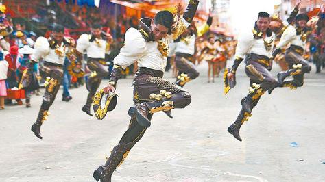 2016: El Carnaval de Oruro deslumbró a pesar de la ausencia de visitantes