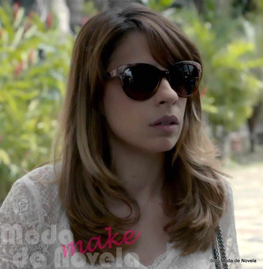 moda da novela Império - óculos da Danielle dia 25 de setembro