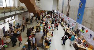 La Universidad organiza anualmente la Feria de las Ideas.