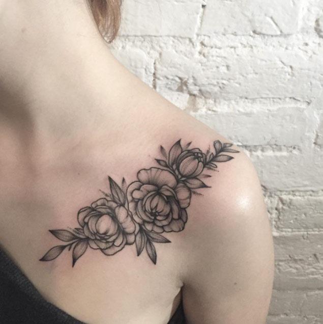 Estas belas flores blackwork