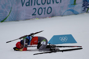 German skiier collapsed after her leg of the relay