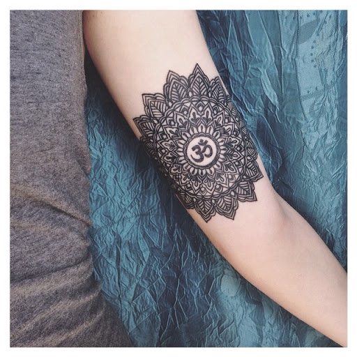 50 brilliant mandala tattoos you wish to have. Black Bedroom Furniture Sets. Home Design Ideas