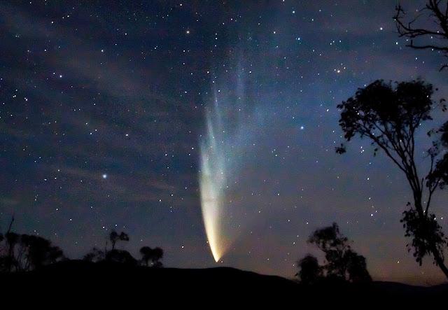 Sao chổi McNaught trên bầu trời Swifts Creek, bang Victoria, nước Úc. Hình ảnh: fir0002.