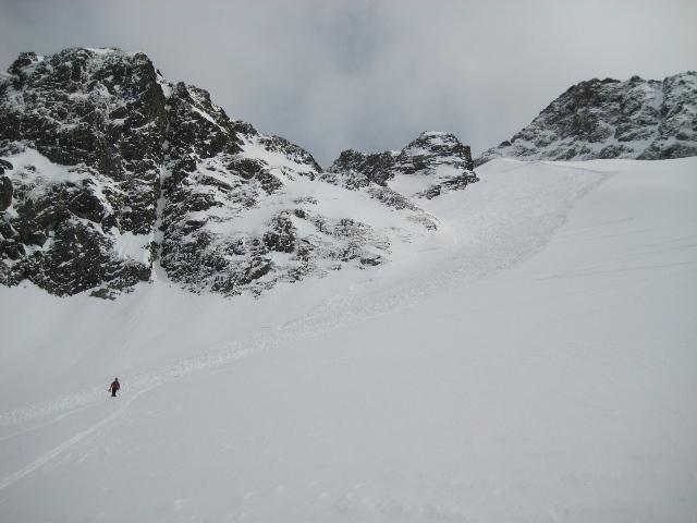 Avalanche Belledonne, secteur Grande Lance de Domène, Intersection entre col du Gleyzin et Comberousse - Photo 1