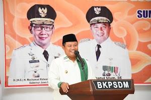 Uu Ruzhanul Dorong BPD Jaga Kekompakan dengan Pemerintah Desa