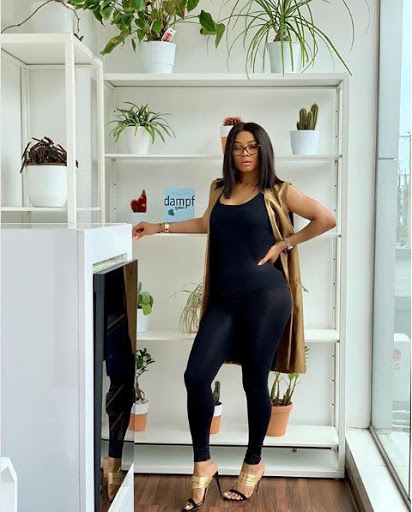 SPICY STURV!!! Toke Makinwa Poses With Her Ass In A New Photo 5