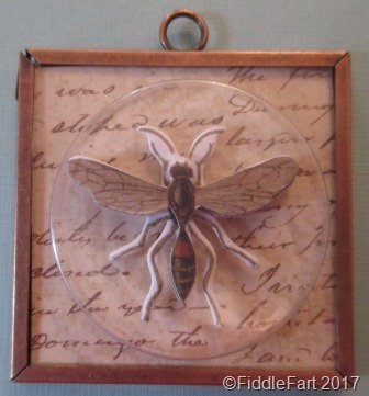 [Insect+Memory+Frame+Pendant+1%5B14%5D]