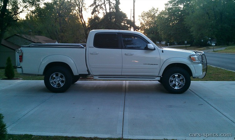2006 Toyota Tundra SR5 Crew Cab Pickup 4.7L V8 4×4 5 Speed Automatic 6.2  Ft. Bed
