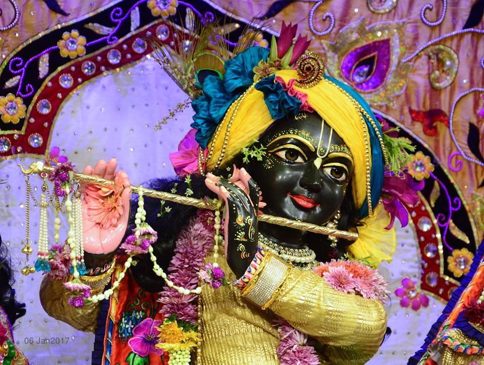 ISKCON GEV Deity Darshan 06 Jan 2017 (15)