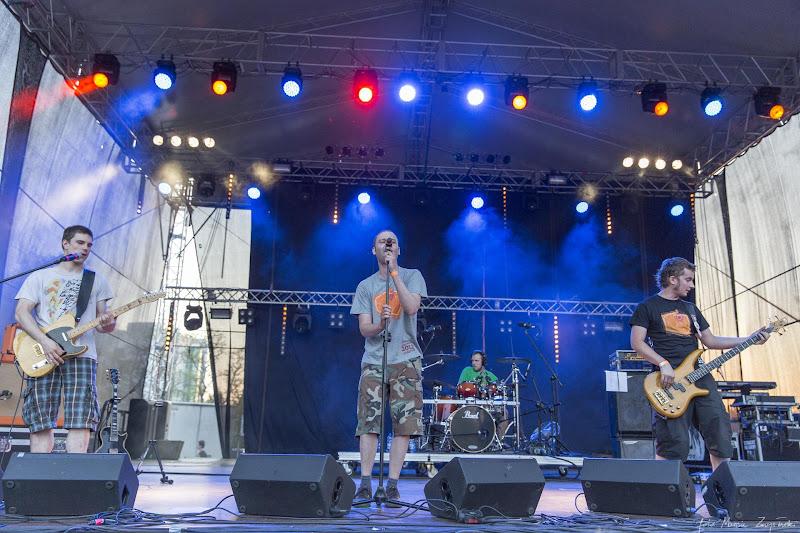 2013-05-17 - Juwenalia w Bydgoszczy - koncert zespolu Zabili Mi Zolwia Gwiazdy muzyki polskie i zagraniczne
