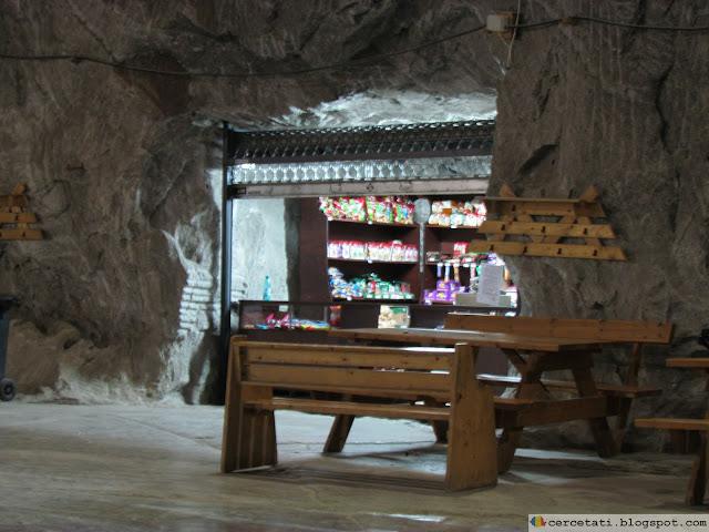 Shop in saline