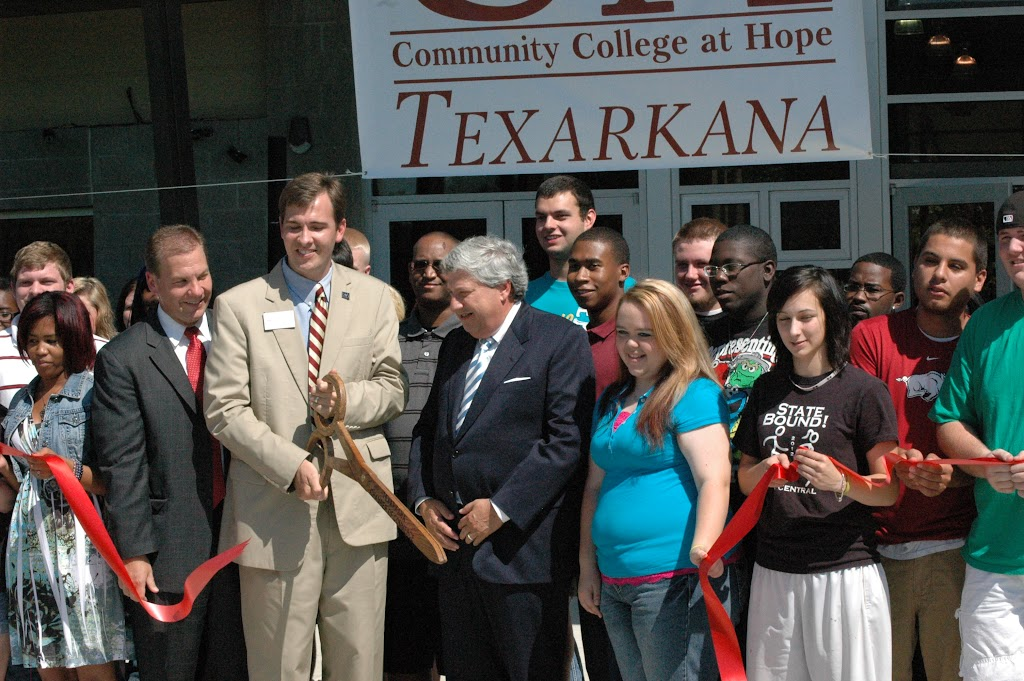 UACCH-Texarkana Ribbon Cutting - DSC_0016.JPG