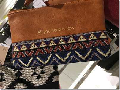 Bershka All you need is less pouch