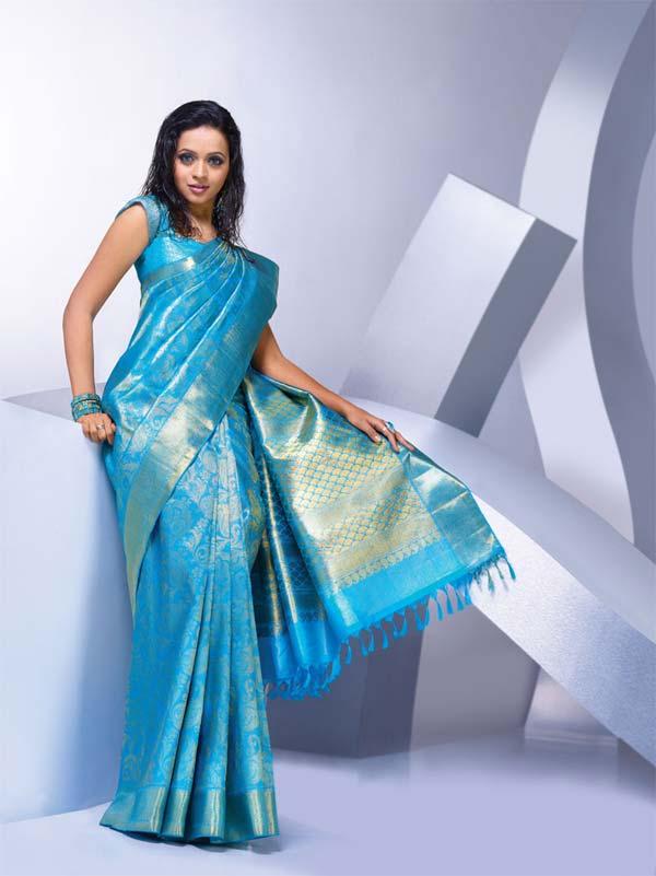 Bhavana Actress in Blue Silk saree looks like a Goddess