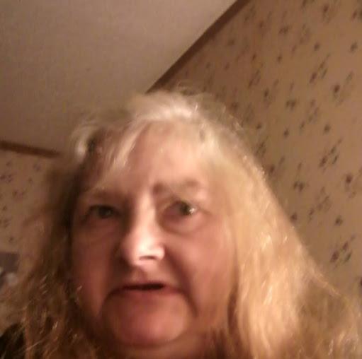 user Kathy Burke apkdeer profile image