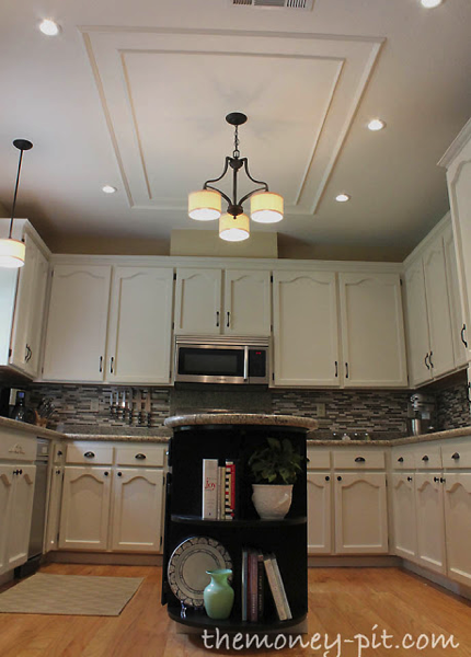 ... kitchen: She removed the fluorescent light box and replaced it with  this gorgeous molding covered ceiling - Removing A Fluorescent Kitchen Light Box - The Kim Six Fix