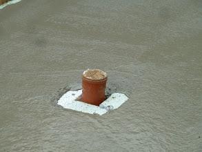 Photo: nochmal der Abfluss, auch hier ist isoliert.... das muss ich mir mal noch erklären lassen.