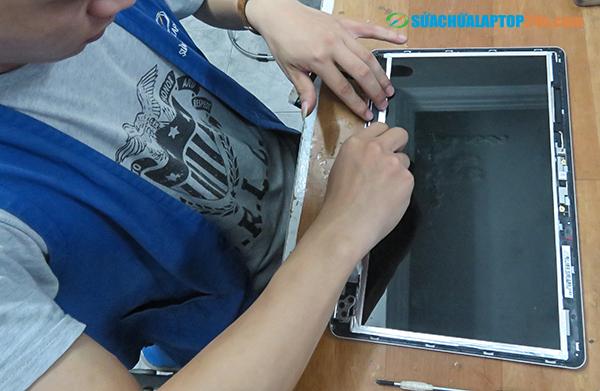 sua-chua-phan-cung-laptop-1