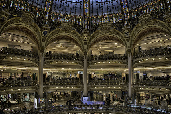 Shopping e...architettura ! Lafyette - Parigi di Gianva
