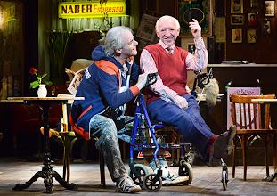 Photo: Wien/ Theater in der Josefstadt: FOREVER YOUNG von Franz Wittenbrink. Regie: Franz Wittenbrink. Premiere am 31.1.2013. Toni Slama, Kurt Sobotka. Foto: Barbara Zeininger