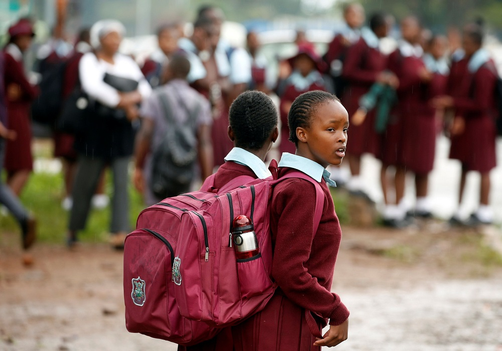 Cash-strapped Zimbabwean teachers to work two days a week