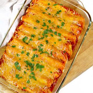 Easy Chicken Sour Cream Enchiladas Your Family will Love.