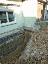 Photo: nochmal der Blick zur Garage und wie es unten dazu aussieht....