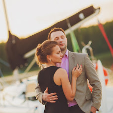 Wedding photographer Vladimir Zlotnik (claroscuro). Photo of 16.10.2017