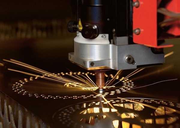 Cắt CNC laser tại TpHCM