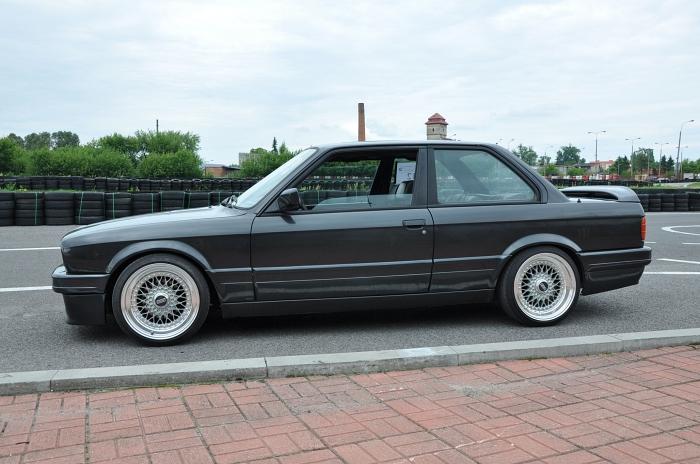 BMW E30 Coupe สภาพสวยๆ มีราคามือสองเกิน 2 แสนบาทไปแล้ว