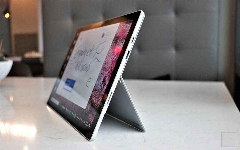 Cổng Kết Nối Surface Pro 7
