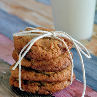 Flourless Peanut Butter Chocolate Chip Cookies