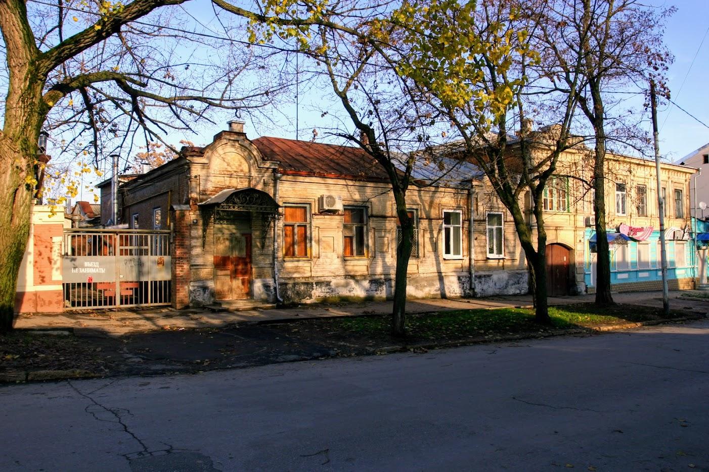 https://sites.google.com/site/istoriceskijtaganrog/italanskij-pereulok/dom-10