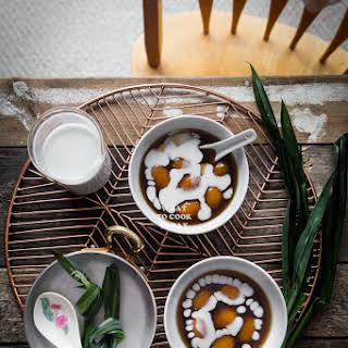 Biji Salak (Sweet Potato Dumplings with Coconut Sauce).