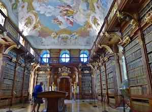 Photo: Benediktinerkloster Stift Melk: Bibliothek