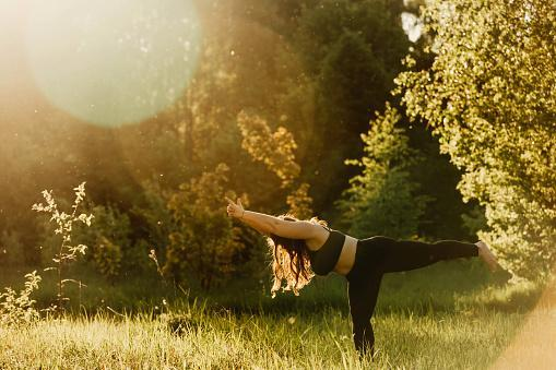 https://media.istockphoto.com/photos/beautiful-plus-size-girl-doing-yoga-in-nature-on-a-sunny-summer-day-picture-id1150907962?b=1&k=6&m=1150907962&s=170667a&w=0&h=Vhbj9dPEE5uDOpClJsONyLzV__mXEy93BYHjKb6Wp0s=