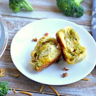 Chessy Cheddar, Broccoli And Bacon Pull-apart Rolls