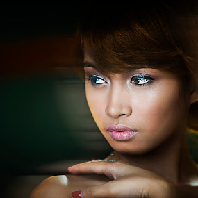 The Stare by Mark Carreon - People Portraits of Women