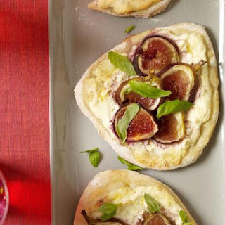 Paneer & Fig Pizza