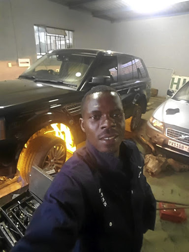 Highlands Park captain and goalkeeper Tapuwa Kapini has ventured into the motor repair business.