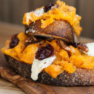 Union Fare's Pumpkin Smash Toast With Goat Cheese