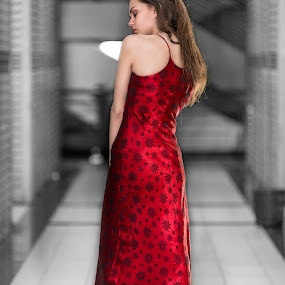 by Eko Probo D Warpani - People Fashion ( model, strobist, nikkor, ekoprobo, jakarta, cute, sexy, girl, russian, kemayoran, modeling, indonesia, photographer, nikon )