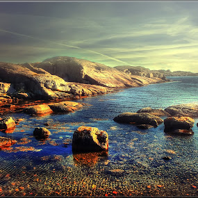 by Teddy Tavares - Landscapes Waterscapes