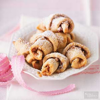 Snickerdoodle Croissant Cookies.