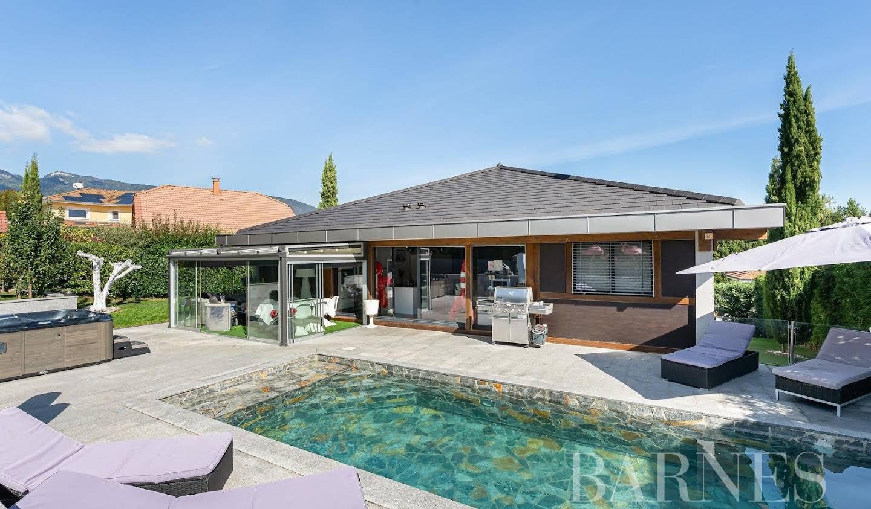 Villa avec piscine Cessy