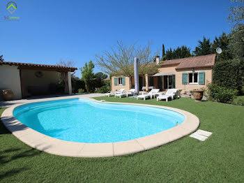villa à Castelnau-Valence (30)