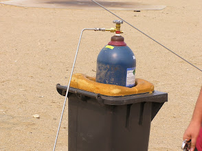 Photo: Compressed gas for the hybrid rocket motor