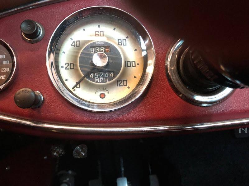 Austin Healey MK1 - 1960 - 68 750€