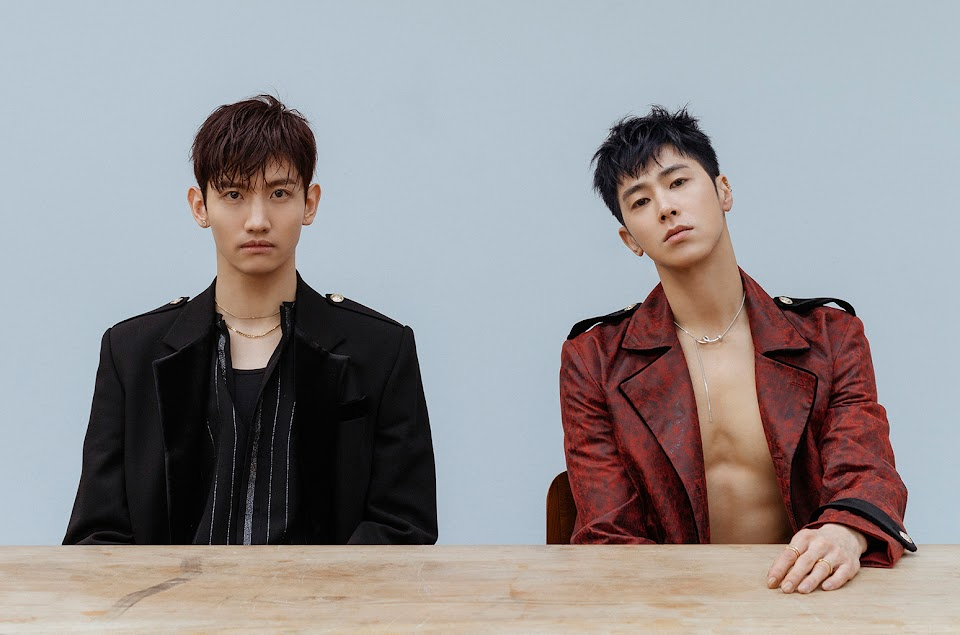 01-TVXQ-press-photo-2018-a-billboard-1548