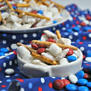 Gluten-Free Patriotic Muddy Buddy Chex Mix Recipe